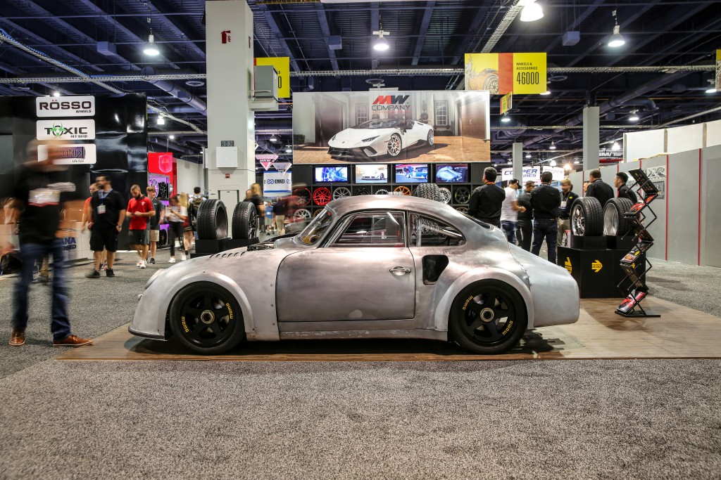 Emory_Motorsport_Porsche_Momo_356_RSR_Outlaw_001